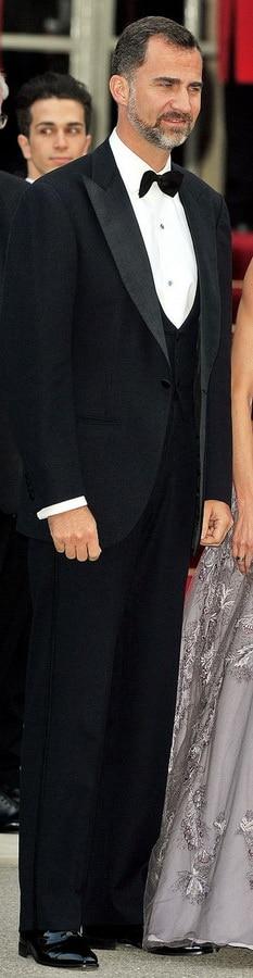 Royal Wedding - Prince Felipe of Asturias - Dinner Jacket