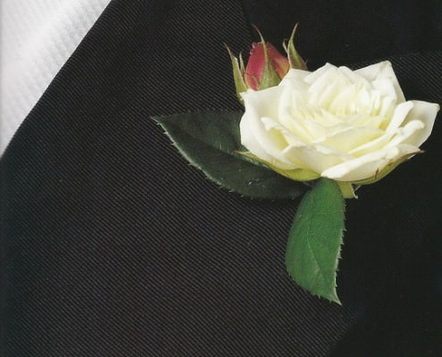 Spray Roses Boutonniere