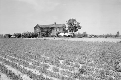 Powell House at 195th Street & 58th Avenue North, Queens, on May 20, 1941