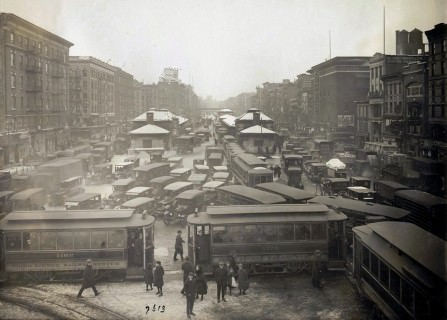 View from Williamsburg Bridge, looking west, showing congested traffic in Manhattan, on January 29, 1923, Eugene de Salignac