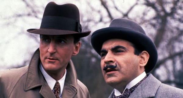 Arthuh Hastings & His Clothes in Agatha Christie's Poirot