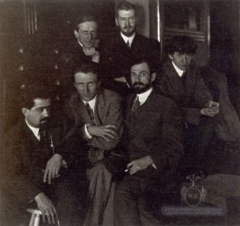 Laurence Fellows (top right) with Artist Friends 1911
