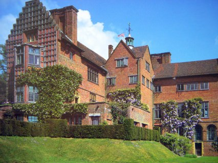 CHARTWELL, HOME OF WINSTON CHURCHILL..80 acres..16 JULY 2000