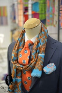 Seward & Stern Summer Scarf with Strong Colors