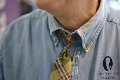 Jeans Button Down Collar Shirt with Madras Tie