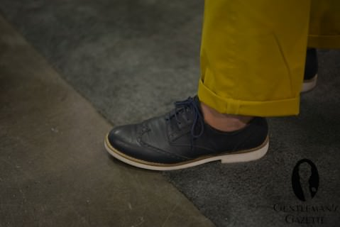 Mustard Yellow Pants with Rubber Sole Full brogues in Navy