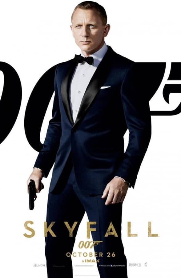 Daniel Craig as 007 in Dark Navy Tuxedo with Gapping Collar & Studs