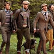 Country Style with shoulders slimmer than in the 20s with Thom Browne length