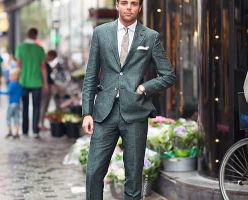 Jonathan Lindeberg in green suit