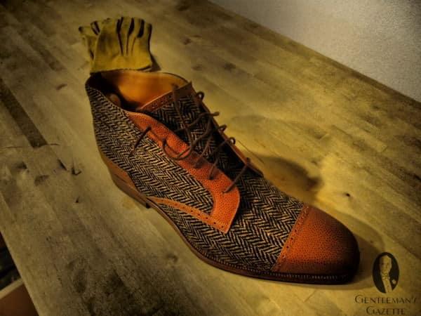 Tweed boot