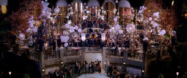 Glamouros Party at Gatsby's mansion