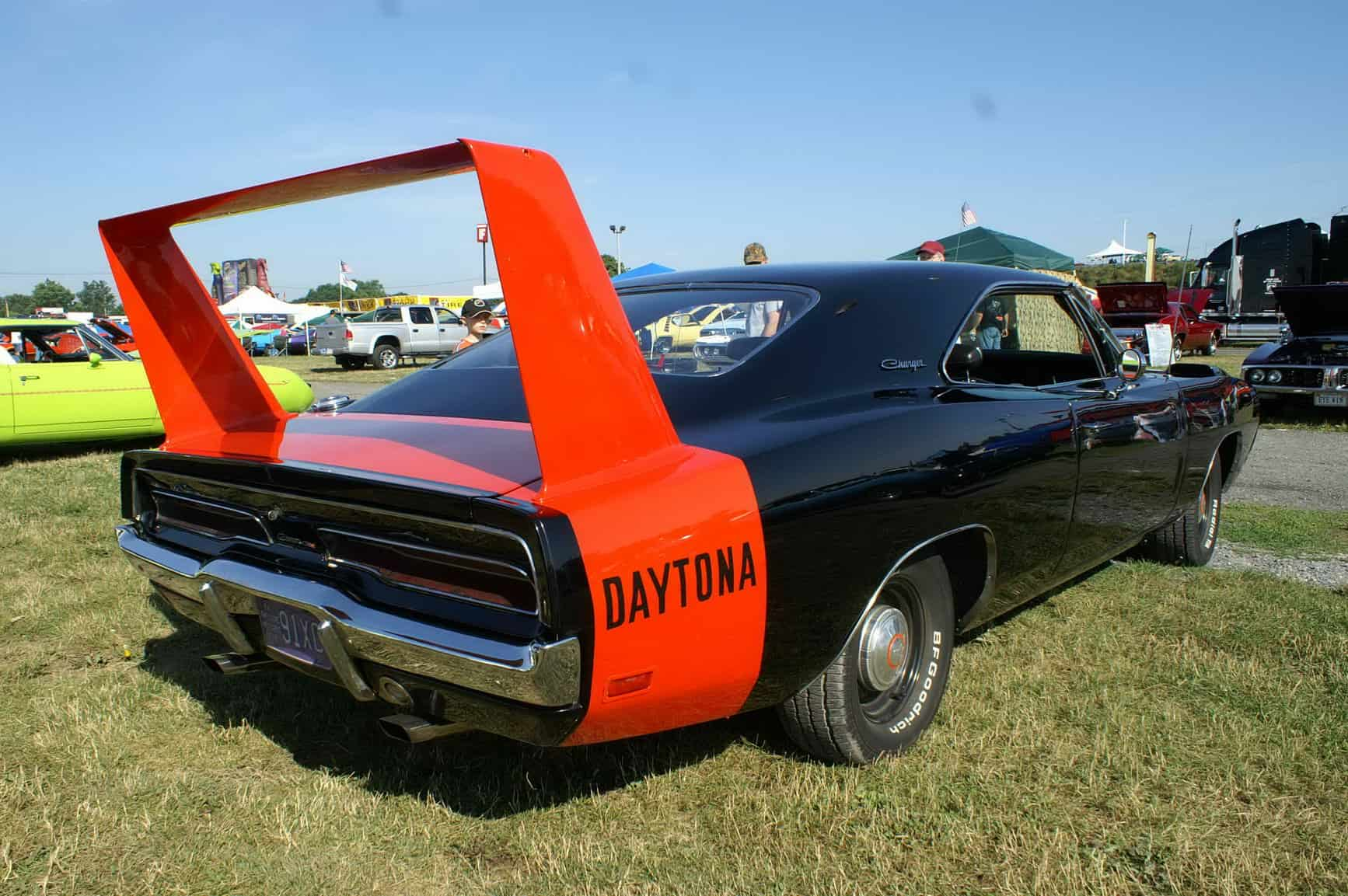 Muscle Cars Explained History Evolution Buyers Guide 2011 Mustang Headlight Wiring Diagram 1969 Dodge Charger Daytona