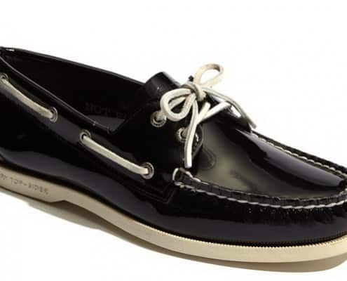 Patent leather boat shoe
