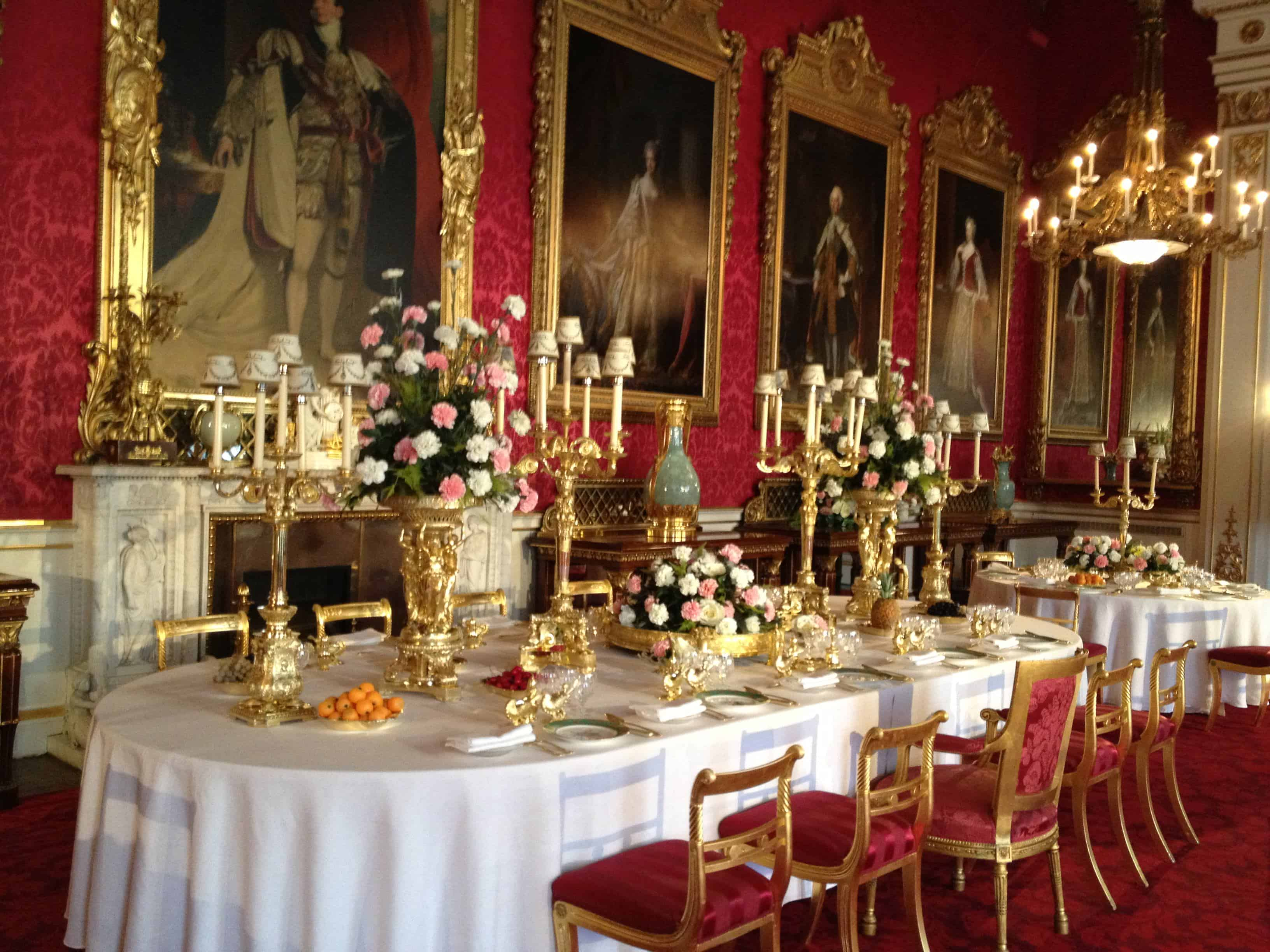 Dining room buckingham palace