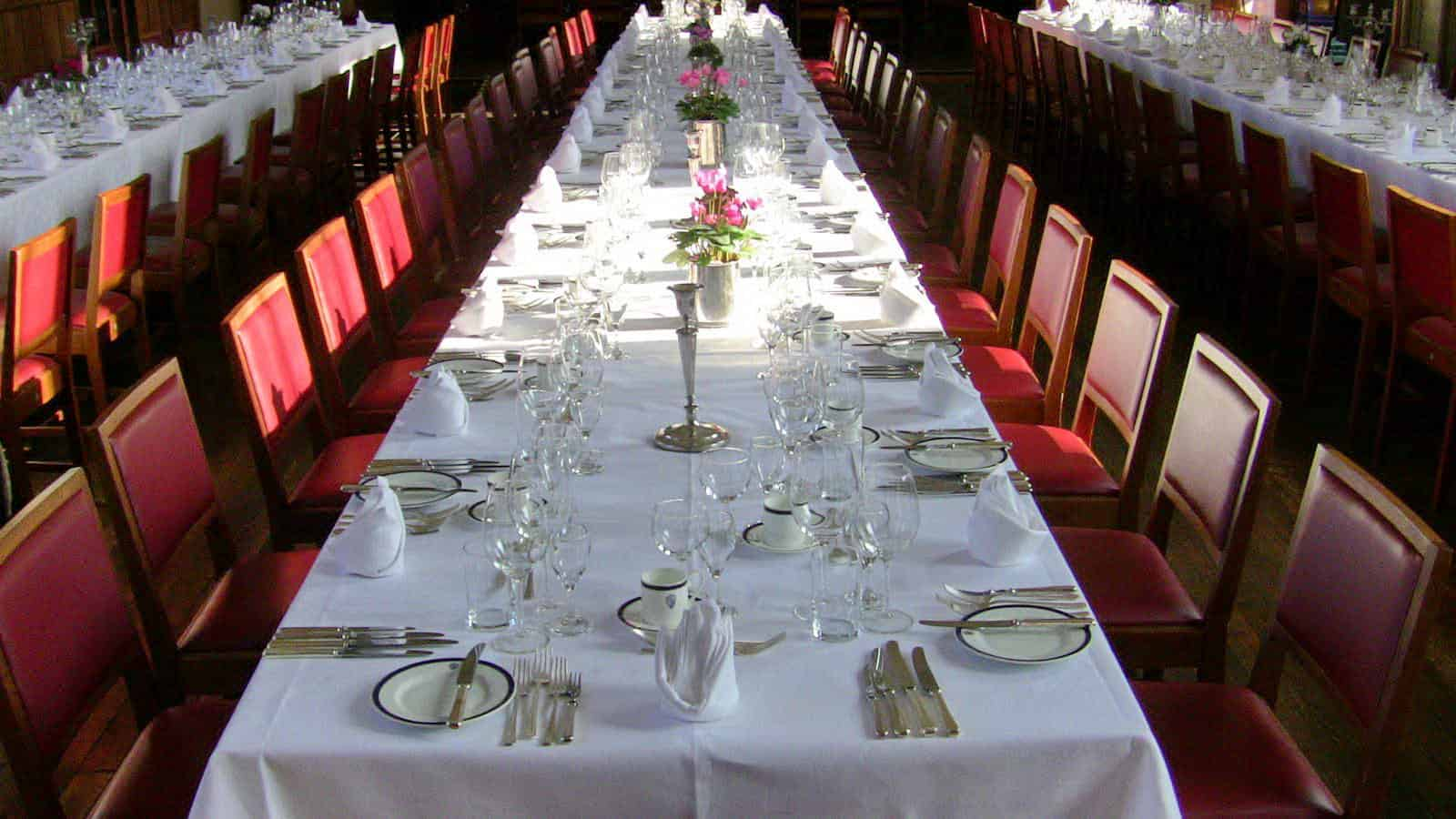 What To Expect At A Formal Dinner