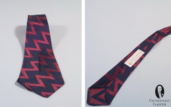 Bold Zig Zag tie in navy and red silk Made in England for Henry Morgan Montreal