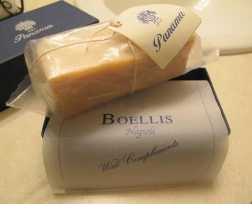 250 gram bar of Boellis shaving soap from Napoli