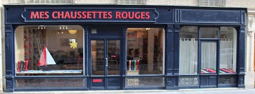 Mes Chausettes Rouges storefront in Paris