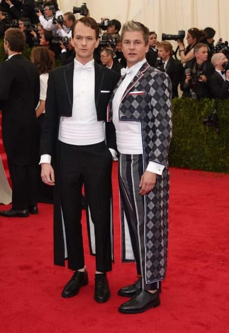 Neil Patrick Harris David Burtka in experimental white tie with cummerbunds - Just don't do it if you want to be taken seriously