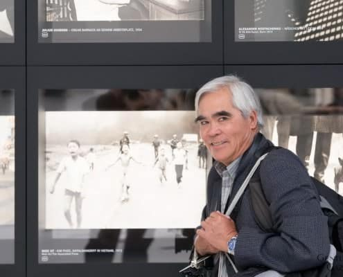 Nick Ut with Napalm Girl from 1972