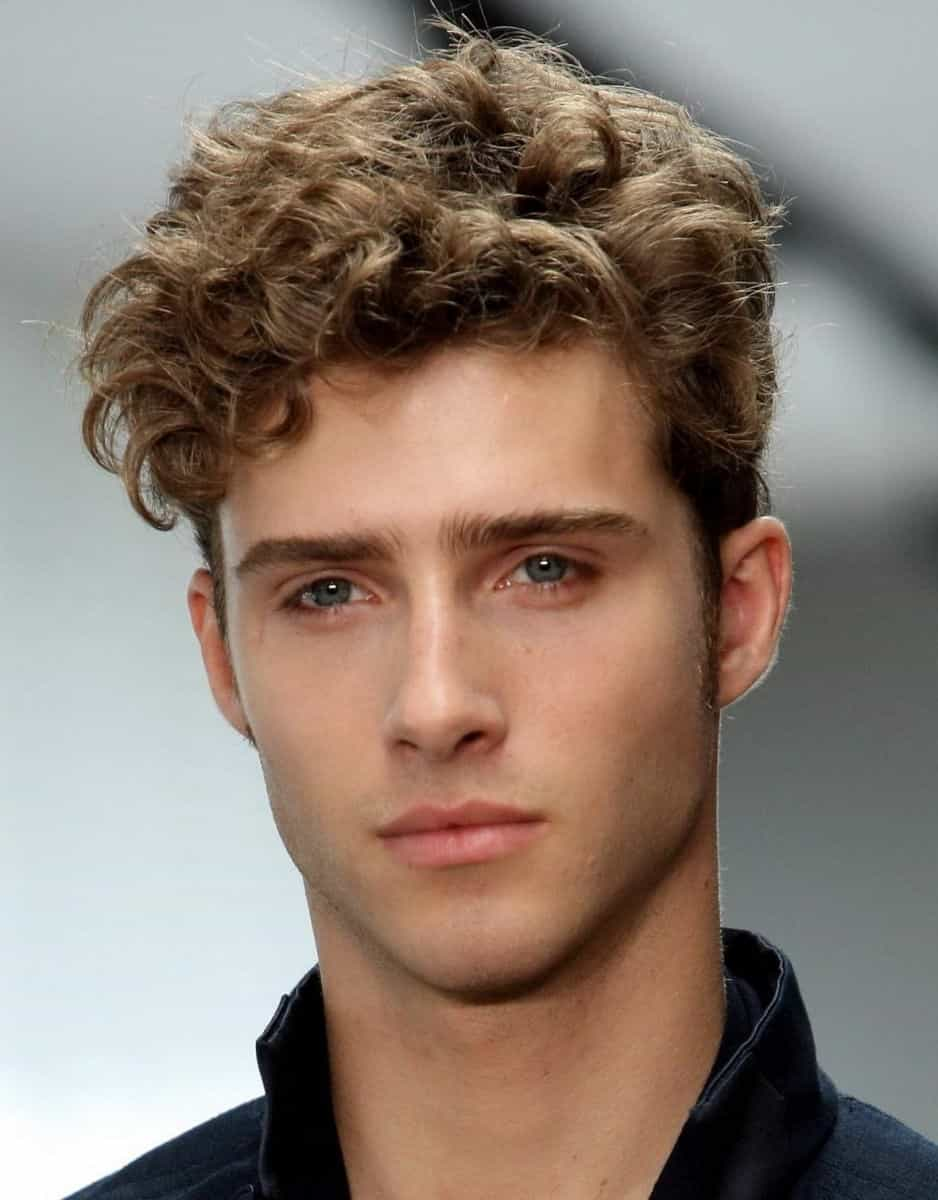 Swell 5 Classic Timelessly Stylish Hairstyles For Men Gentlemans Natural Hairstyles Runnerswayorg