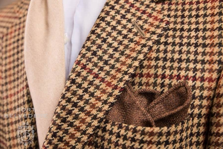 How To Fold A Pocket Square - 5 Easy & Quick Ways to Fold Handkerchiefs — Gentleman's Gazette