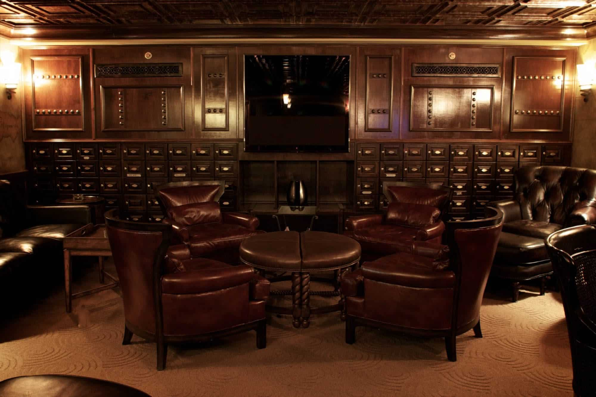 Cigar Etiquette 101 Your Local Cigar Lounge Gentleman