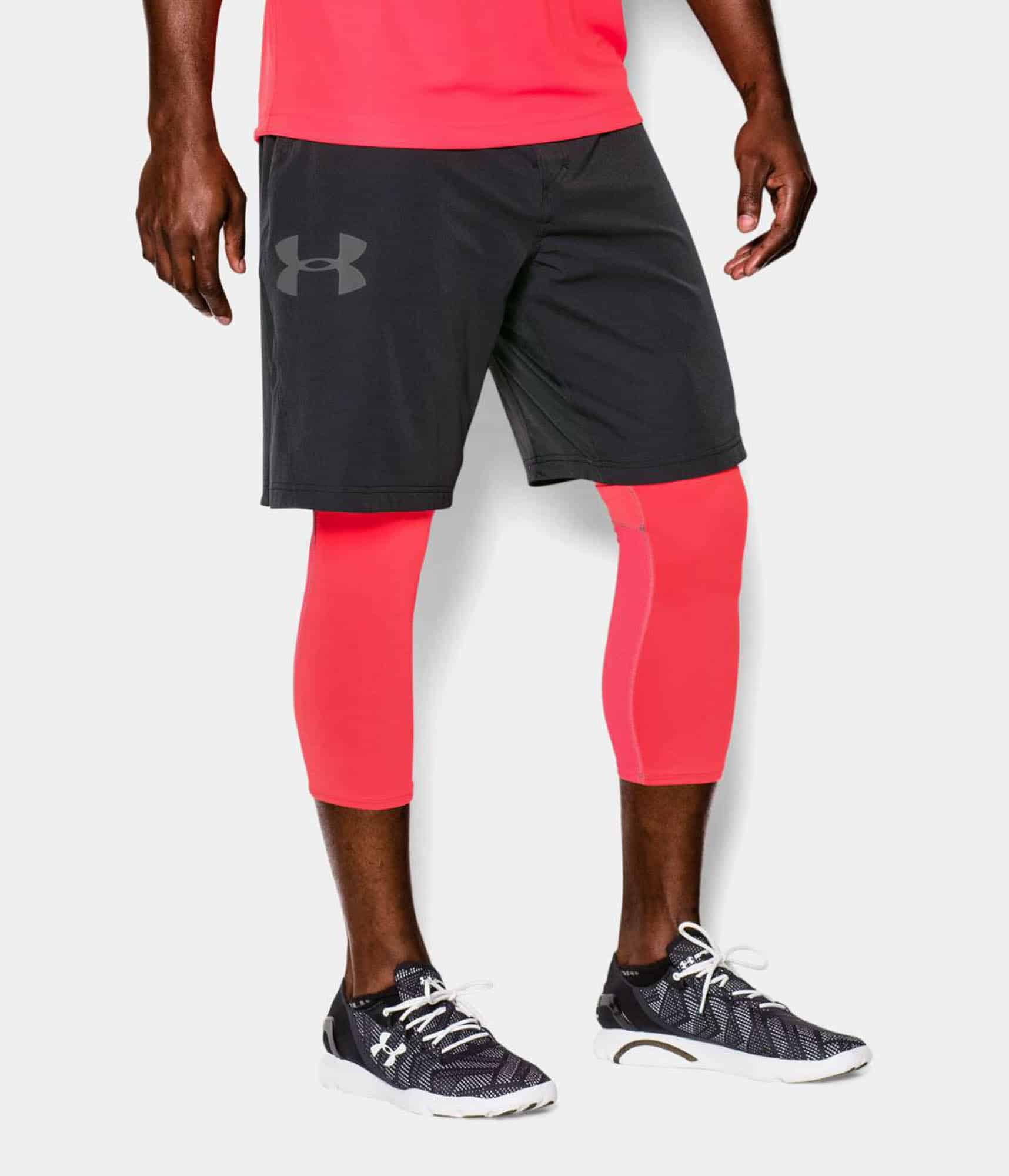 Mens Shorts Guide For Summer Gentlemans Gazette Tendencies Navy Chinos Short 30 Underarmour Athletes Have Moisture Wicking Fabric