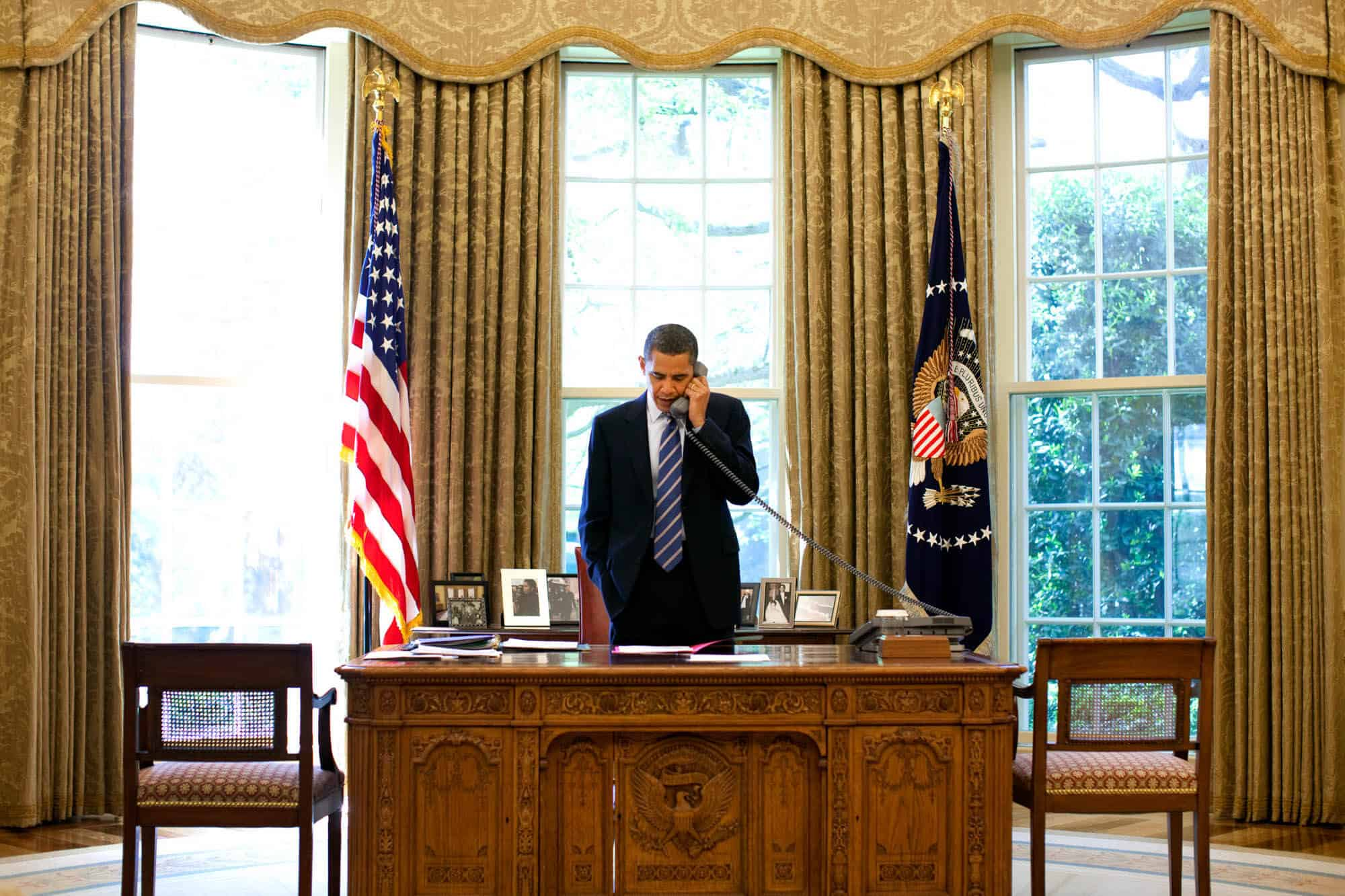 Great President Obama At His Desk In The Oval Office Gallery