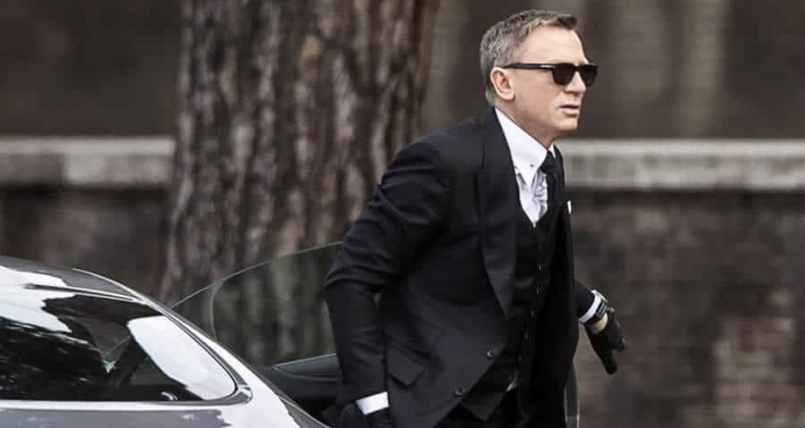 The Literary James Bond: How to Dress Like the Original 007