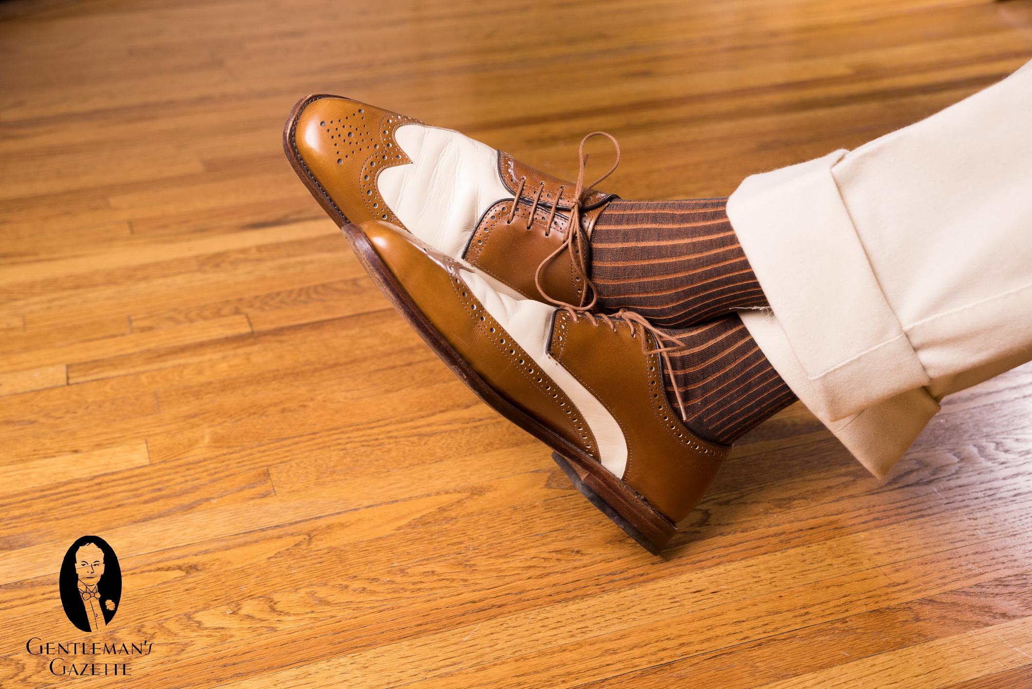 49e2fe81d1c5 Socks-Shoes-Pants-Trousers-Combinations-9549-1.jpg