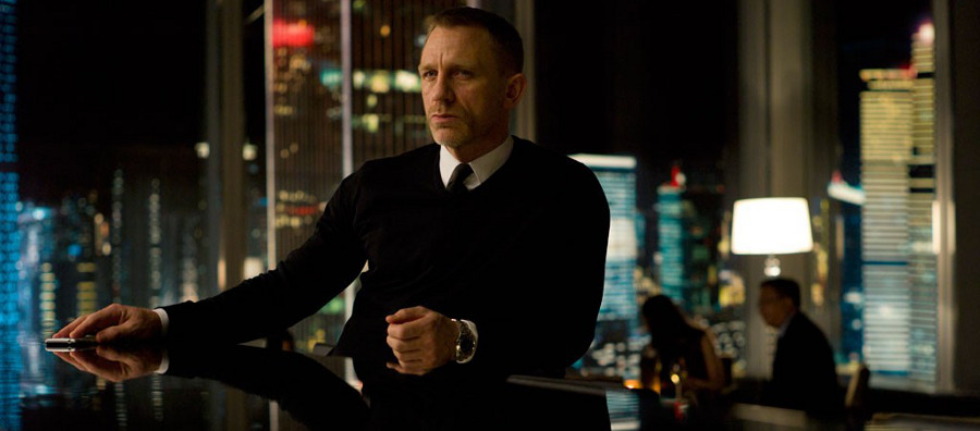 John Smedley v-neck as worn by James Bond in Skyfall