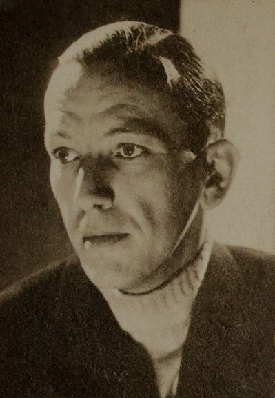 Noel Coward in a turtleneck