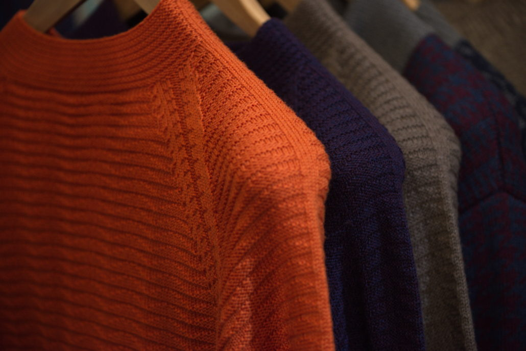 Sweater with seamless sleeves
