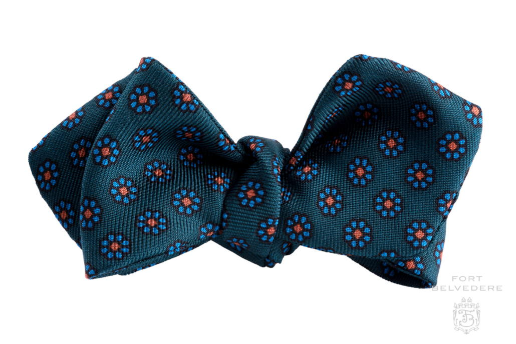 Mens Bow Tie Soft Wool Woven And Made in Scotland in Blue Ancient Plain Adjustable Strap for easy fastening
