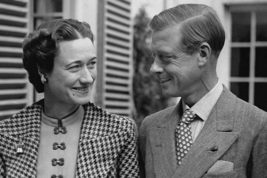 Duke of Windsor with a polka-dot tie