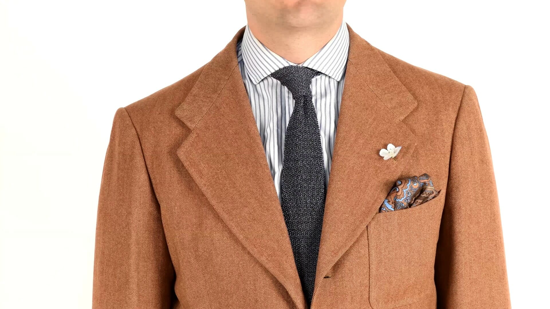 Gray and brown combination with Fort Belvedere accessories