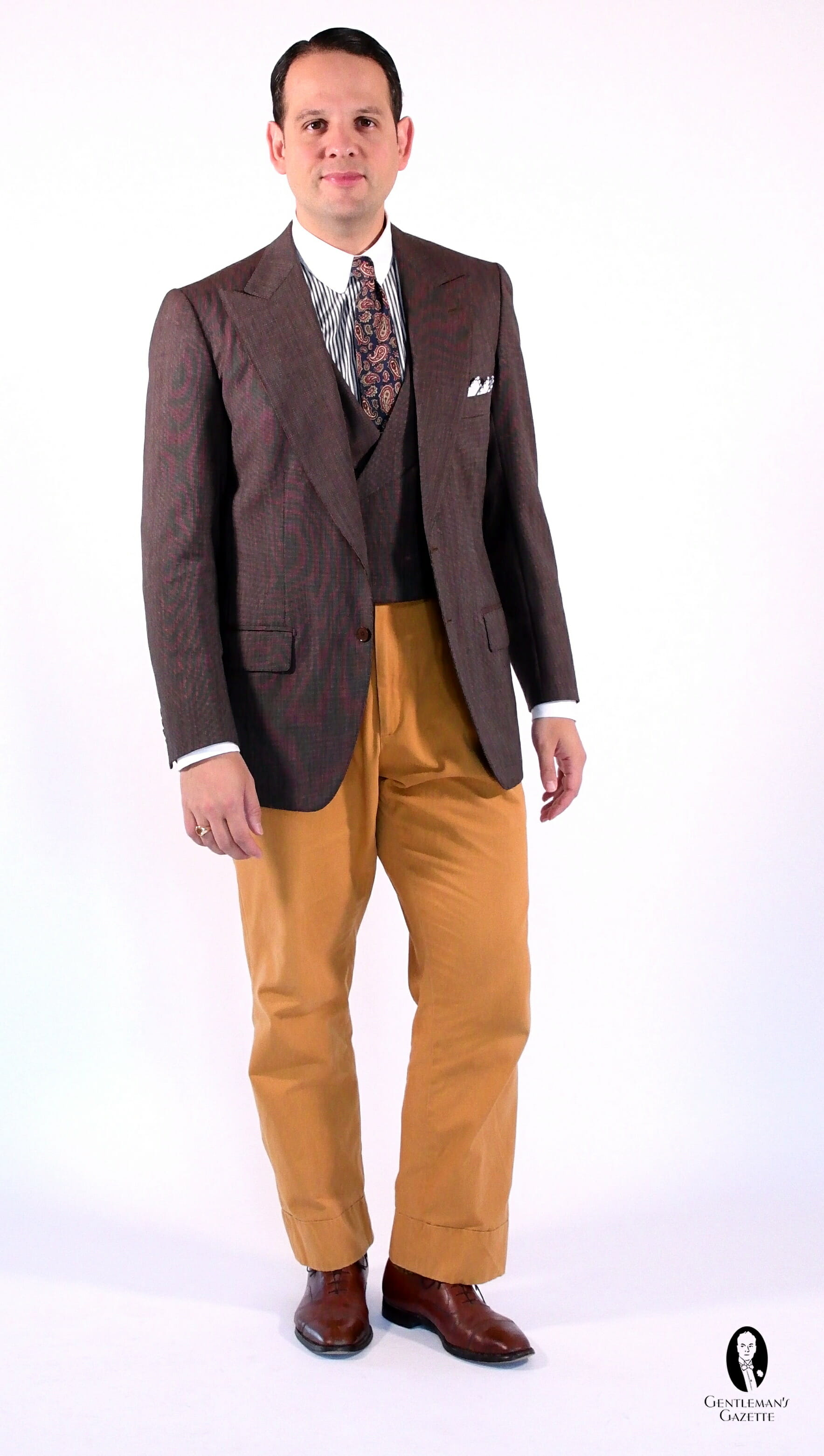 🏷️ Tan blazer brown pants