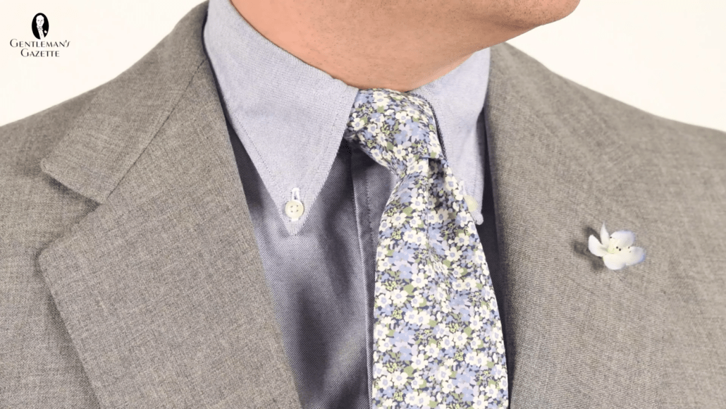 A subtle yet standout way to incorporate florals into your outfit