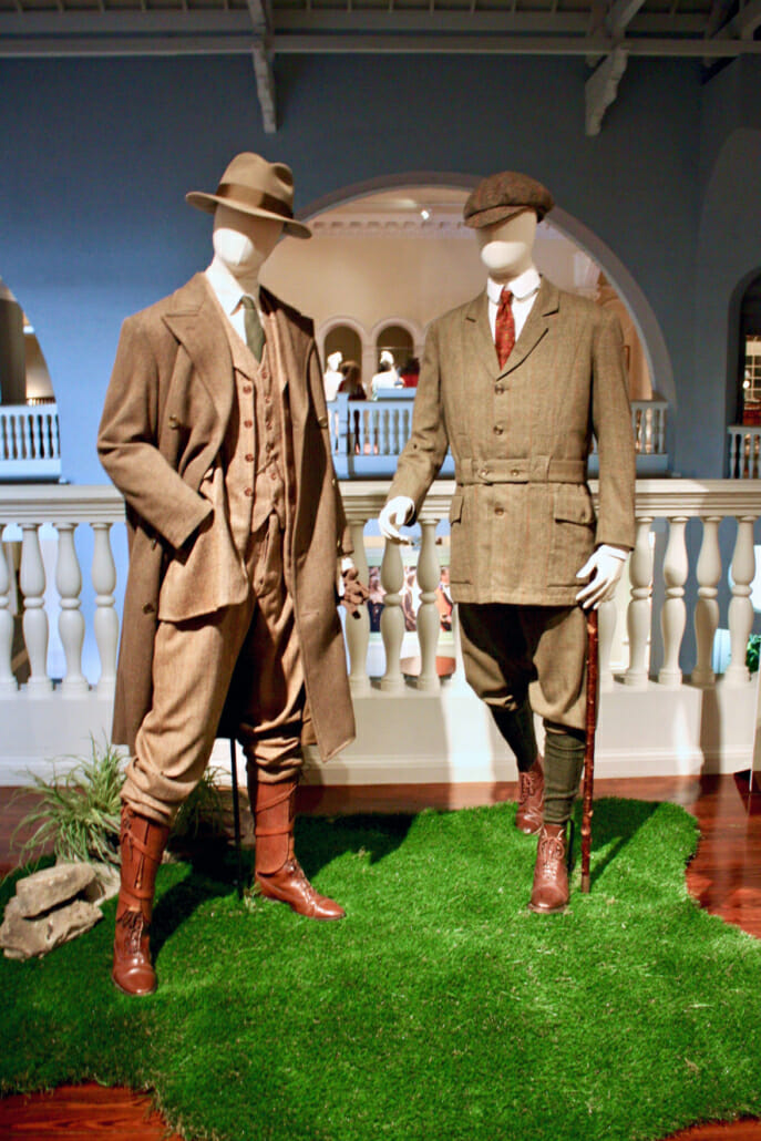 Country attire for gentleman included tweed suits and brogue boots