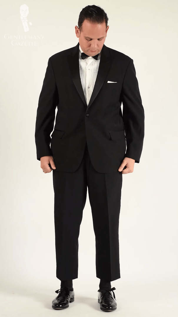 Men's Wearhouse - Would you want to be seen wearing this ill-fitting rental tux?