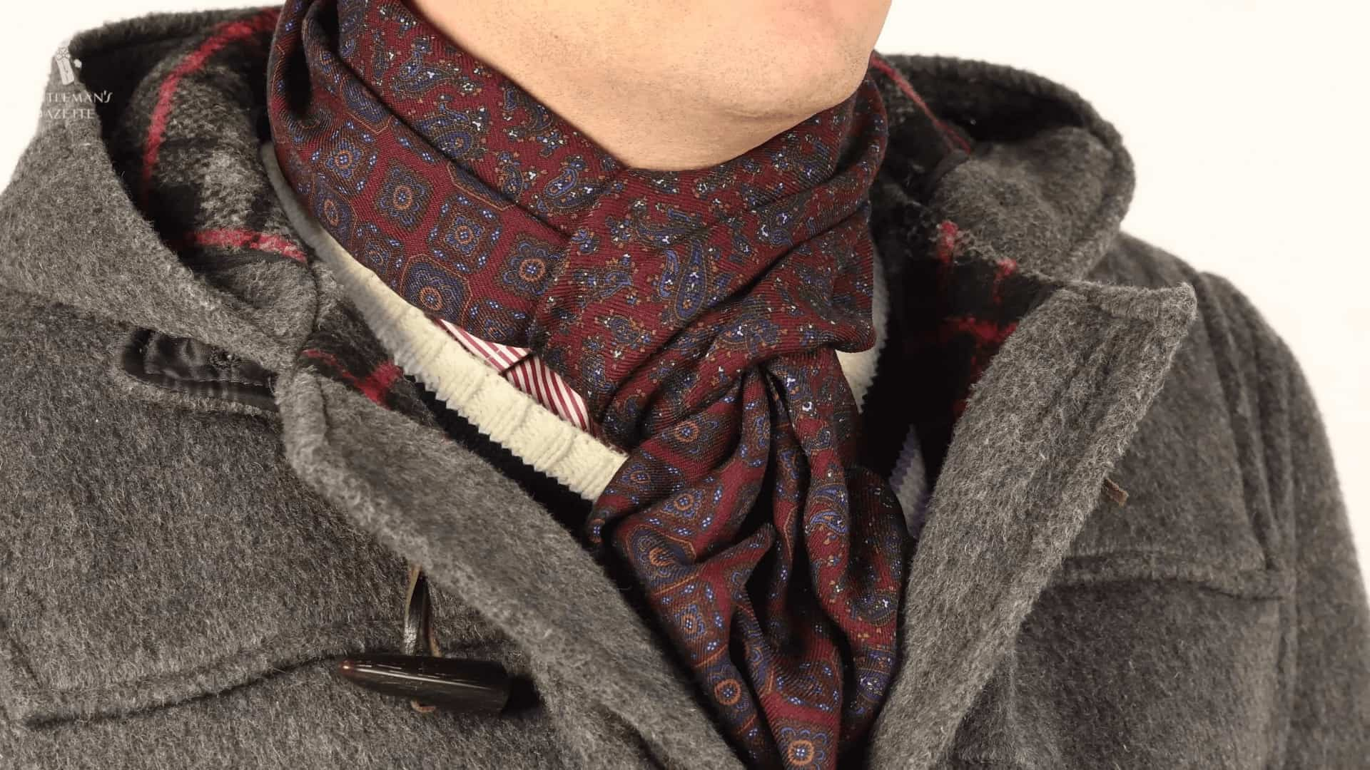 Reversible Scarf in Burgundy Red and Blue Silk Wool Motifs and Paisley - Fort Belvedere
